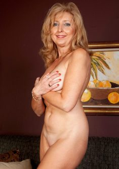 Jasmine Fields – This cougar is always hunting!