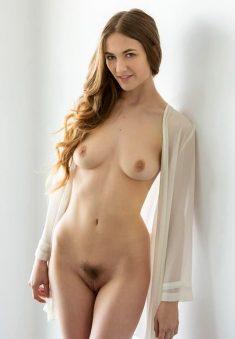 Beautiful Samantha Hayes all nude