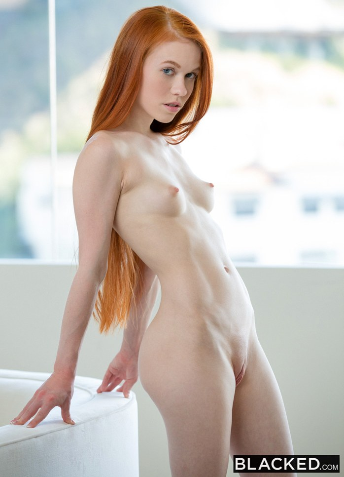 A beautiful redhead with 2 sexy cougars 3