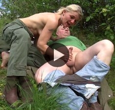 Deutsche Privat Videos – Blowjob in der Natur