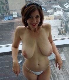 Amazing MILF with huge natural boobs