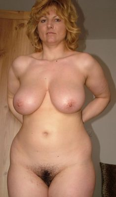 Busty amateur woman in age