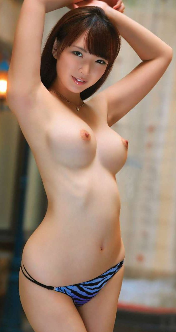 nude Perfect breast model