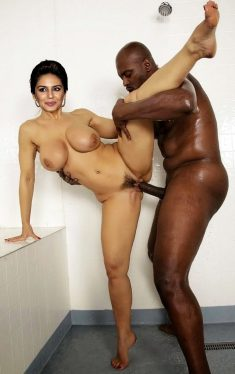 Huma Qureshi Hard Fucked By Black Man In Bathroom