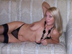 This time the naughty MILF is without bra