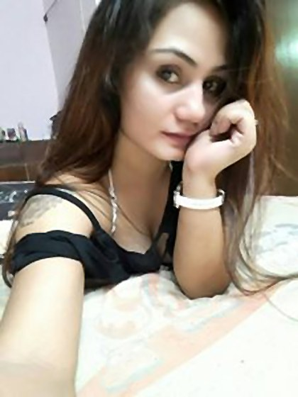 hire sexy and horny call girl in Delhi and escort service in Delhi