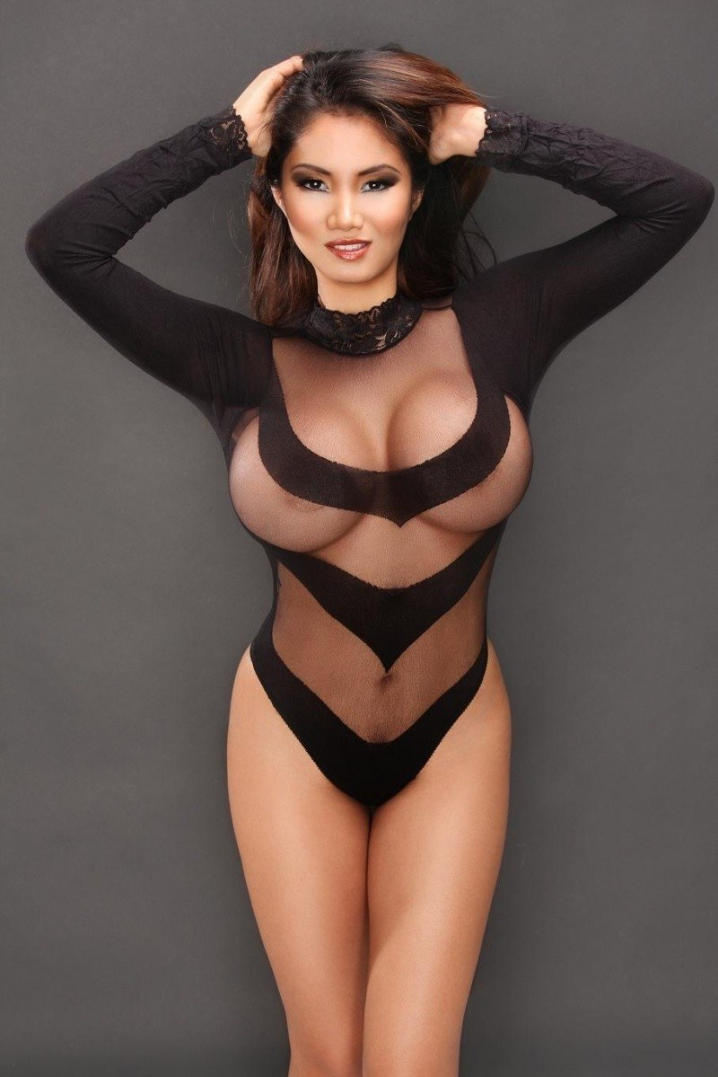 Surat Escort girls are ready to be your first time ever fantasy