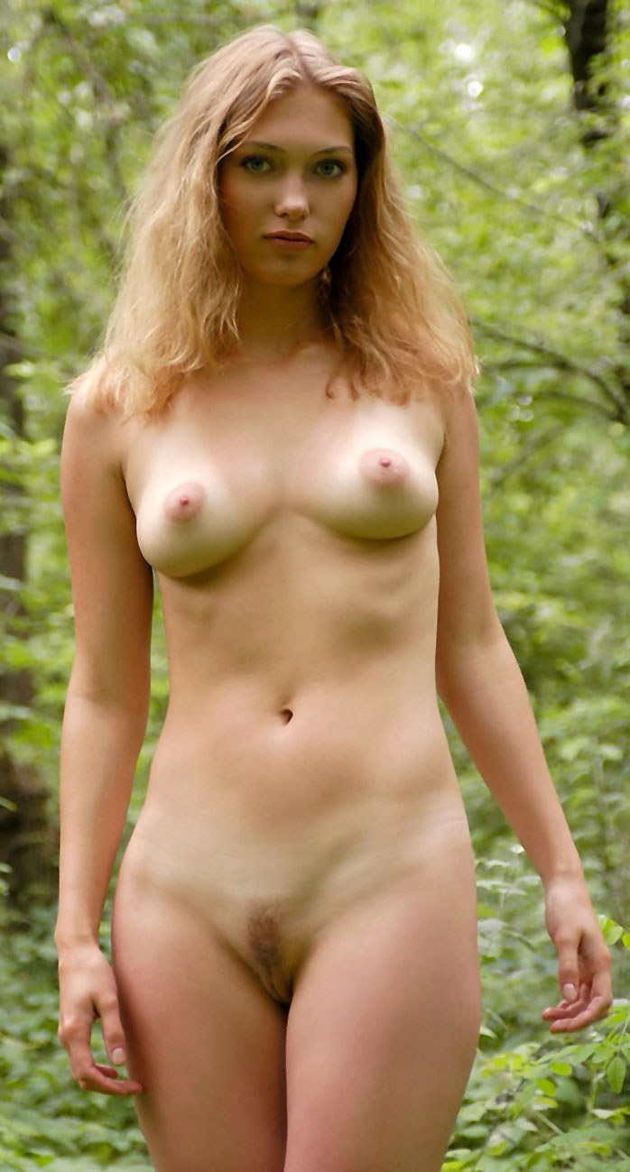 Blonde babe Blanka in forest