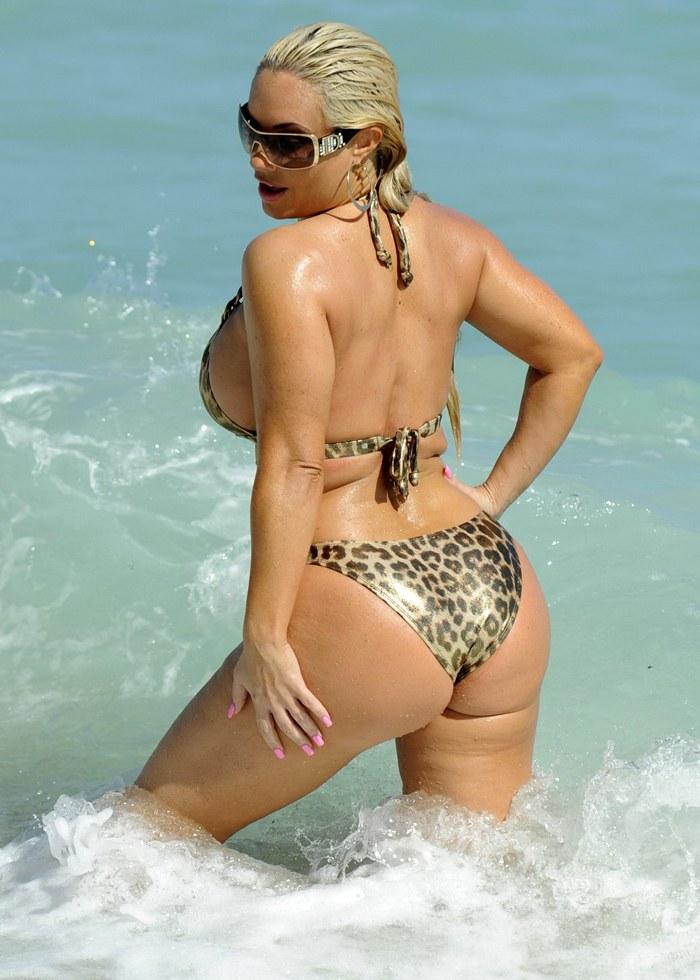 Coco Austin wearing leopard print Bikini