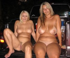 Amateur hot Milfs  with big tits