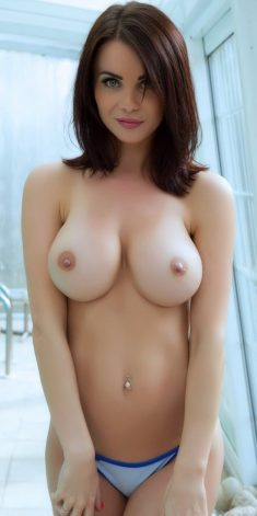 Brunette with pretty face shows nice boobs