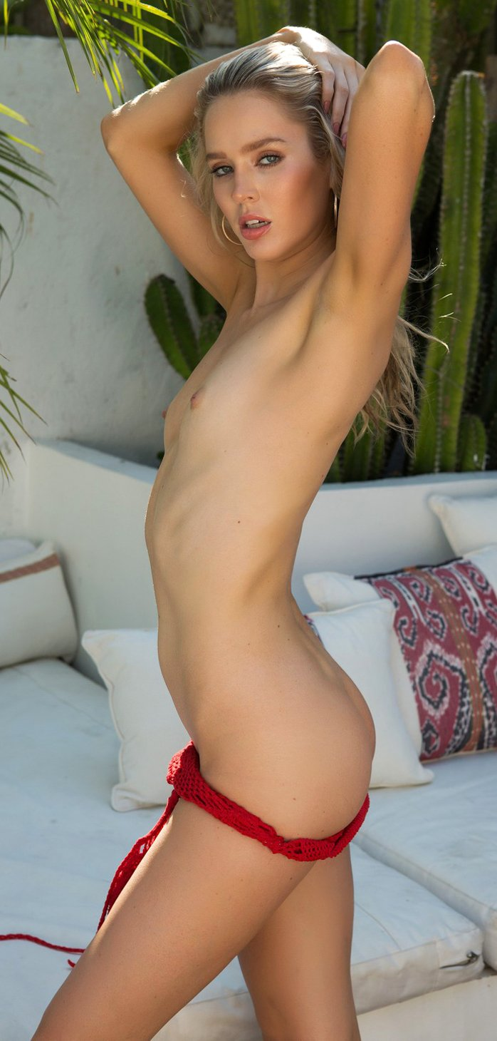Goddess Model Thera Jane