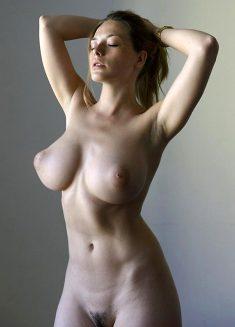Russian model Olga Kobzar is here completely nude