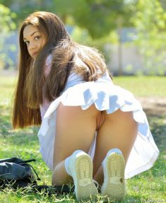 Schoolgirl Kelly Strips In Public