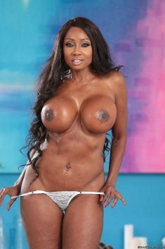 Busty ebony milf Diamond Jackson