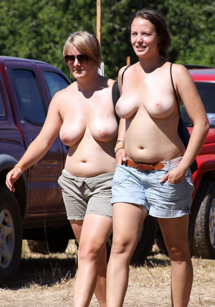 Amateur women show their beautiful big breasts in public