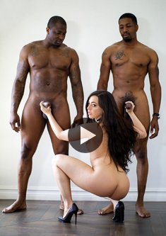 Hot brunette Whitney Wright enjoys interracial double penetration
