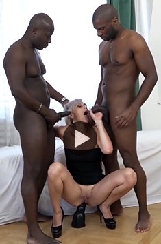 Hot mature blonde has interracial group sex with DP anal