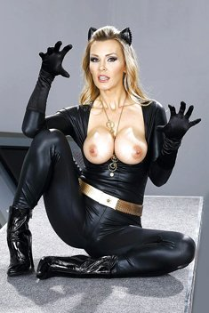 Blonde MILF Tanya Tate loosing big tits from cat woman outfit