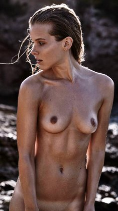 Hanne Sagstuen fuly nude on a beach