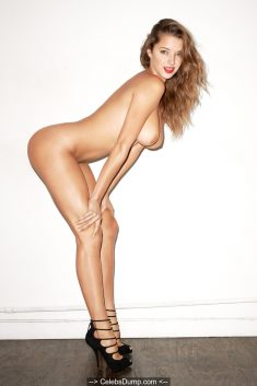 Alyssa Arce fully nude for Terry Richardson photoshoot