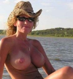 MILF on the lake