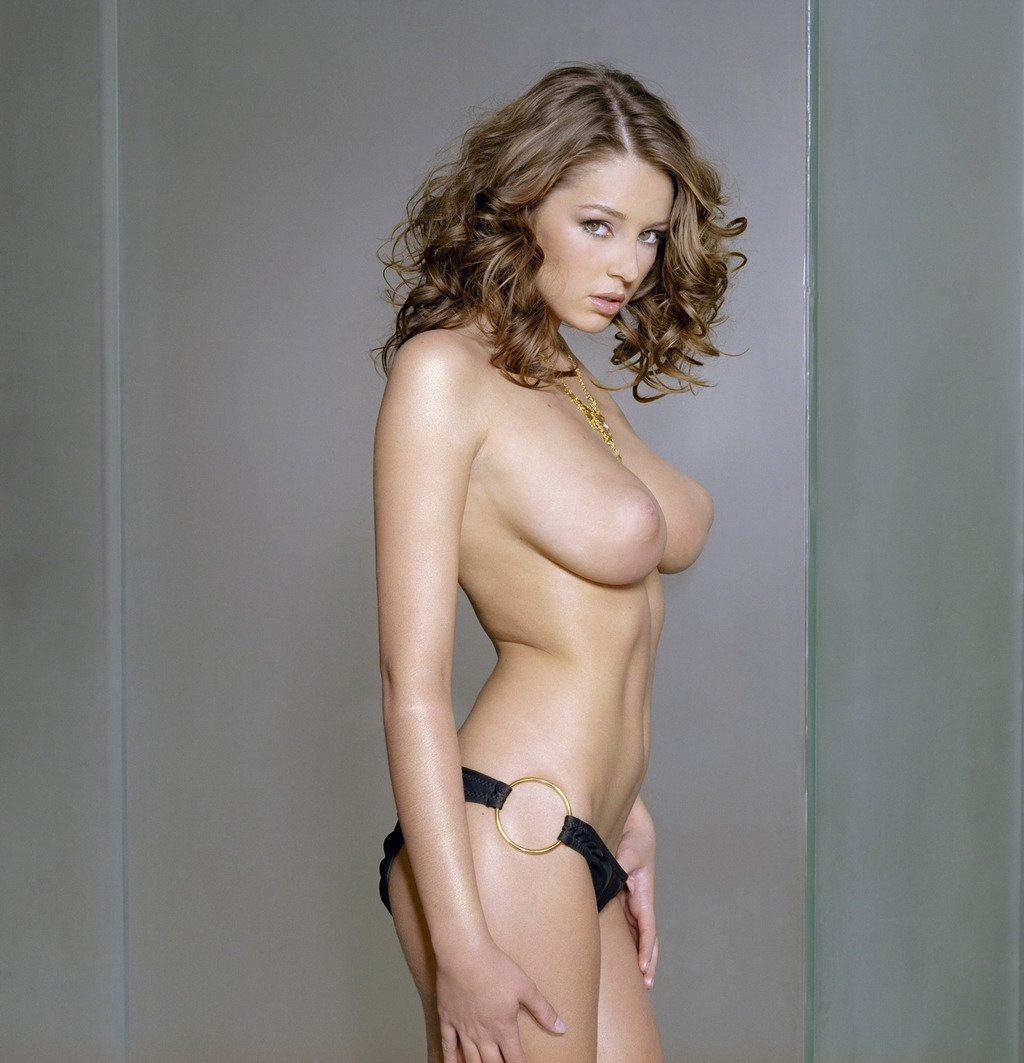 Nude keeley hazell, nerdy girl self shot nude