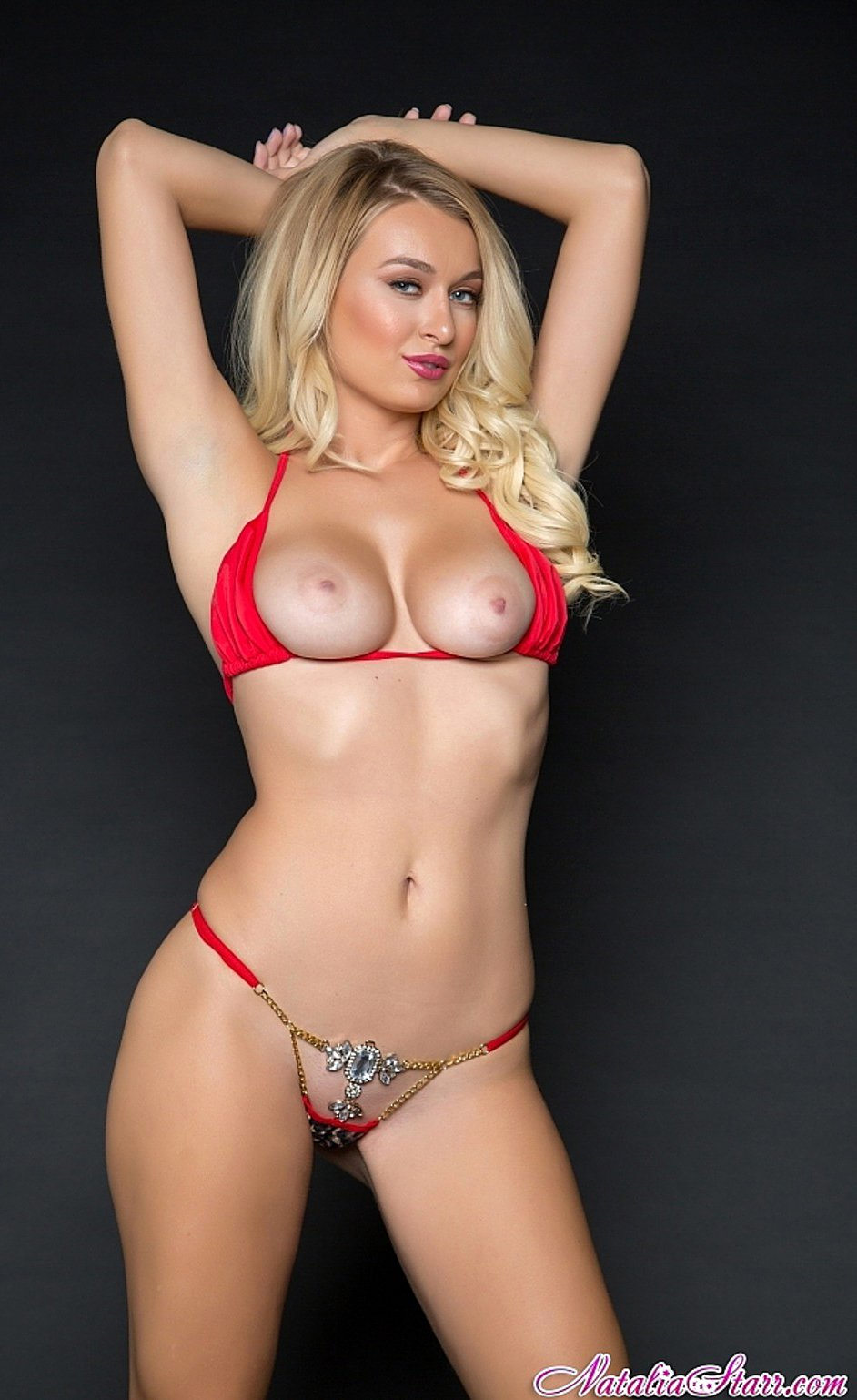 pictures-pornstar-in-red-bikini