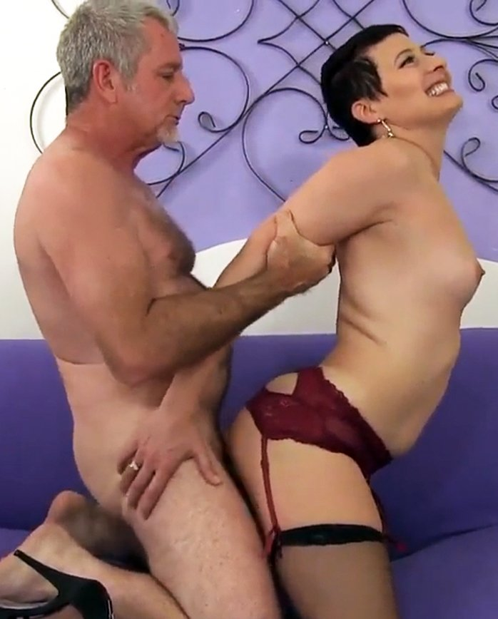 Short haired mature woman Kali Karinena rides on old dick