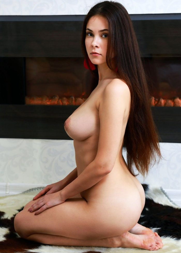 Tanya Amsterdam Escort Sexy Brunette Babe For The Best Moments