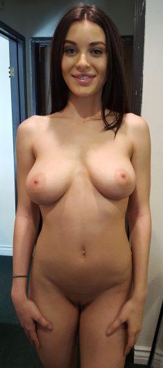 Lana Rhoades Nude Fancentro