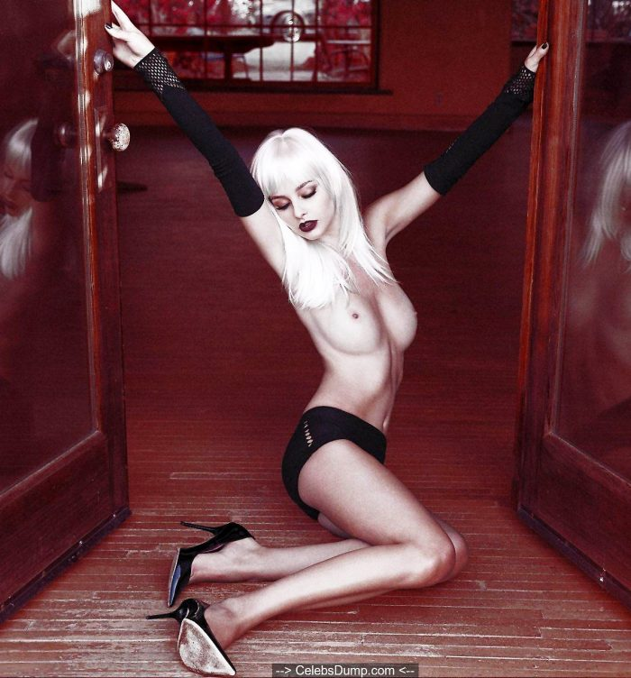 Blonde Lenka Haskova topless