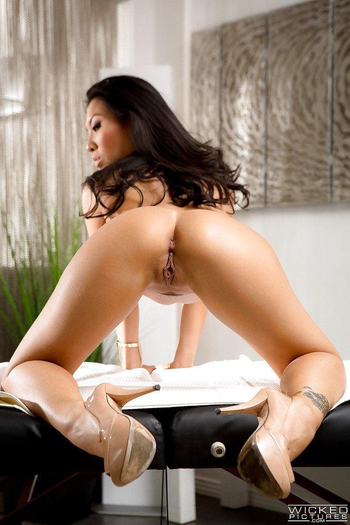 hot chick porn ass asa akira