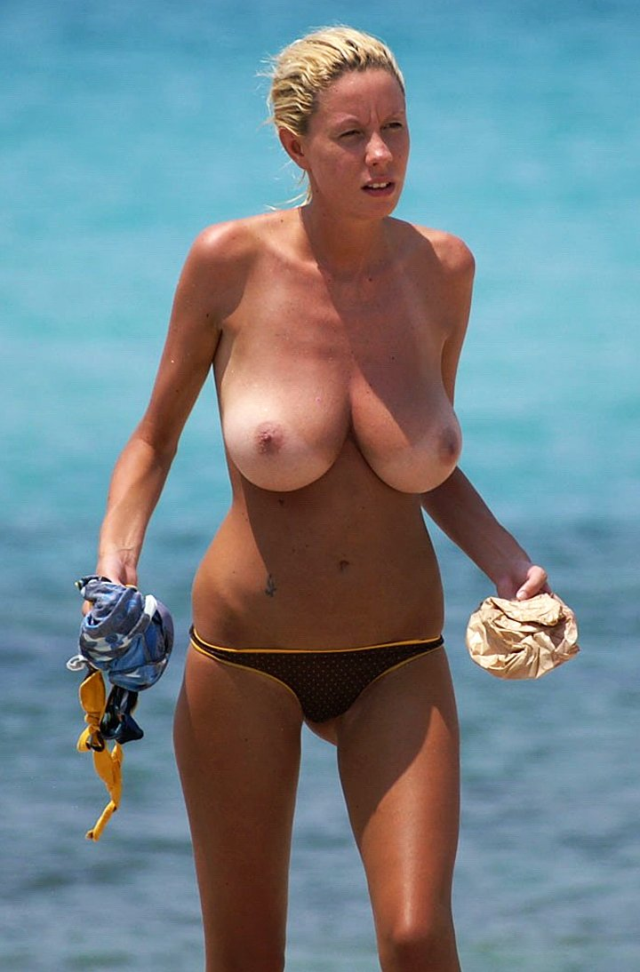 MILF blonde with big natural BOOBS at the beach