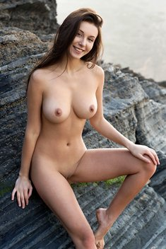 Alisa Amore naked in the mountains