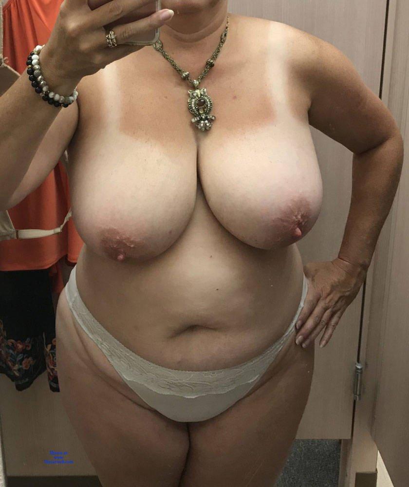 Pics nude tits Big Giant