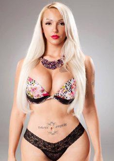 Romanian sexy blonde Alexandra Harra shows everything!