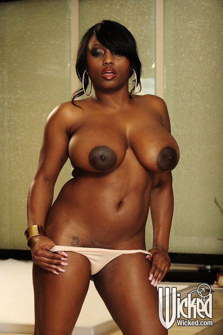 Seductive american fat Jada Fire in panties exposing big boobs