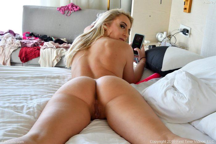 Aubrey in Full Butt Full Lips