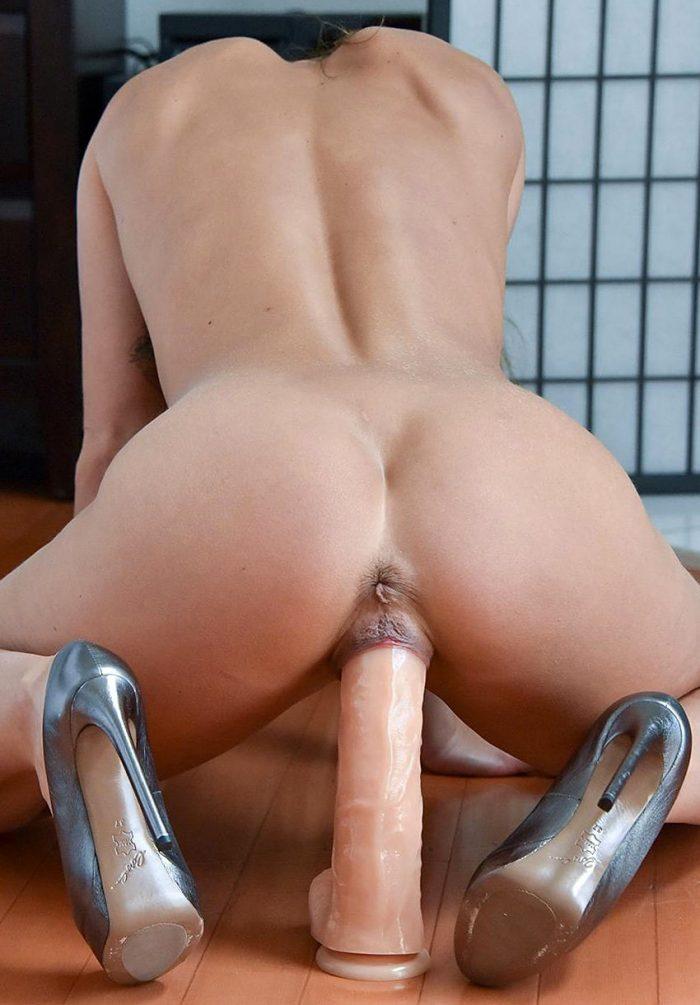 Big dildo in pussy