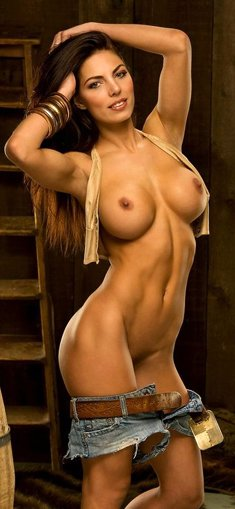 Cowgirl Adrianna Meehan shows her Stunning body