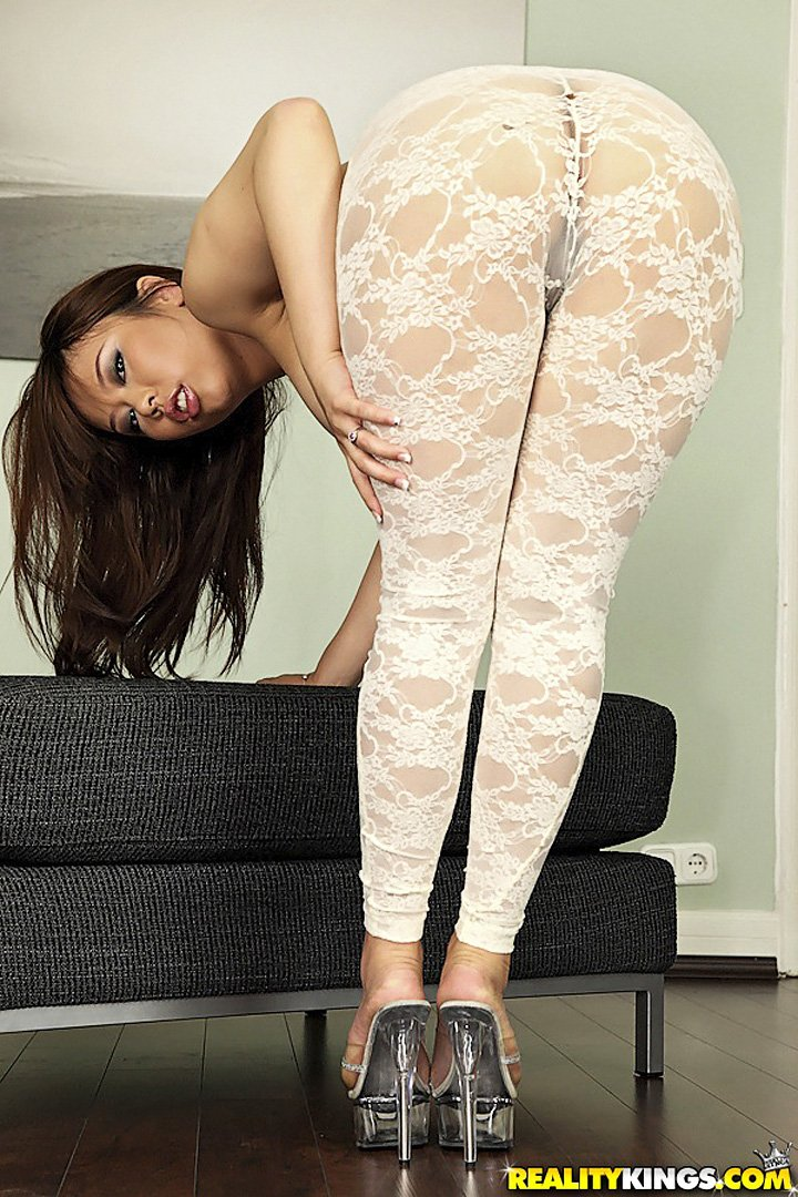 Asian lady Tigerr Benson ripping her pantyhose suit