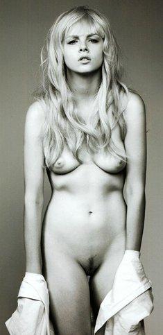 Tiah Eckhardt fully nude black and white photoset