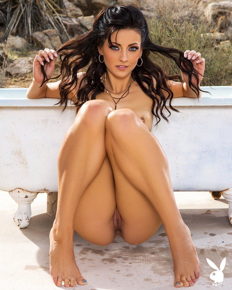 Check out amazing pictures of lovely dark-haired girl Darah Kay