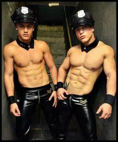 Please arrest me
