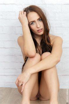 Adriana Zoom elegant beauty salon administrator nude casting