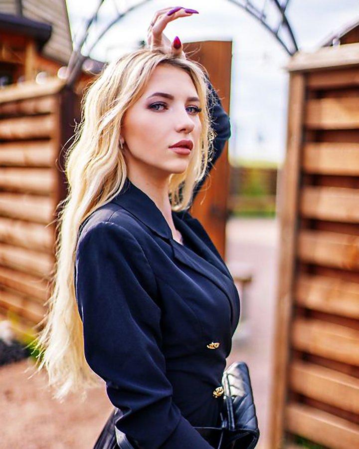 Gorgeous Juliana