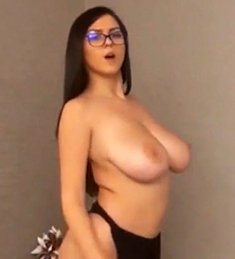 Big and Beautiful Teen Tits Teasing Pre Cam