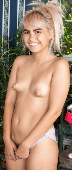 Candy Wallace shows off her young figure and hairy bush