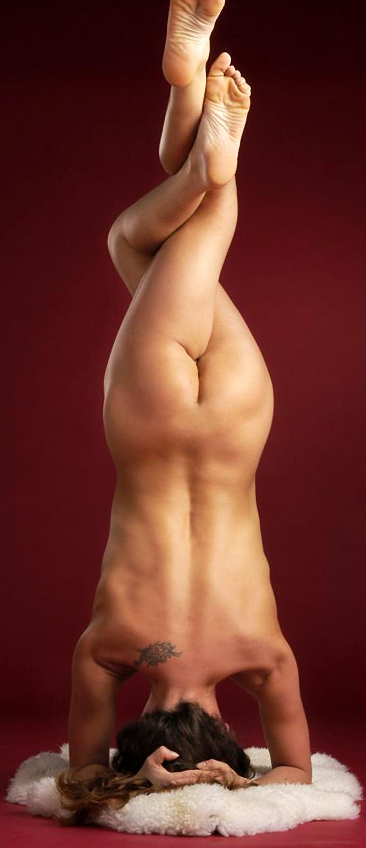 Flexible Naked Girls – Compilation